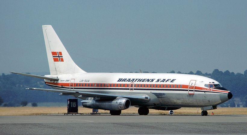 flyreise til tross for bombetrussel