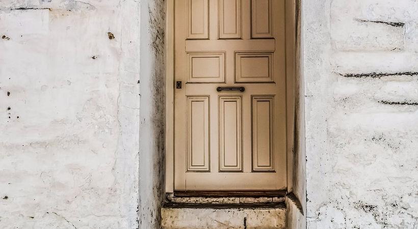 Hvorfor vil så få gå inn gjennom den trange døren? (Lukas 13,22-30)