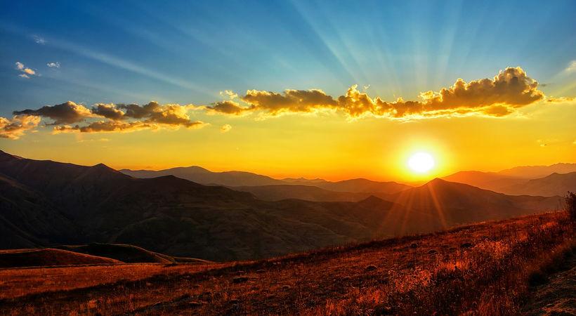 Jesu herlighet, på fjellet og i dalen (Lukas 9,28-36)